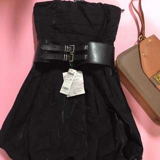 Sisley黑色澎澎裙洋裝S號 全新 4980購入