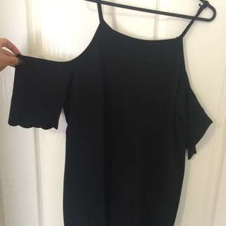 Scalloped Hem Off The Shoulder Dress Size 14
