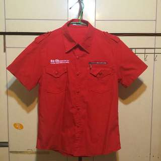 紅色個性襯衫