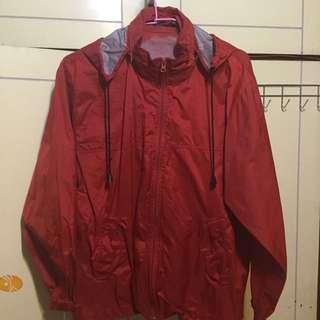 類風衣紅色外套