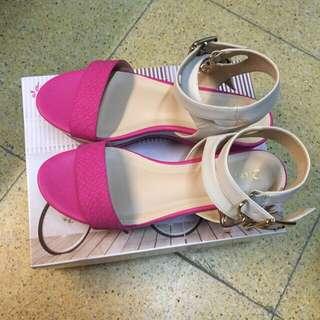 全新 楔形厚底涼鞋