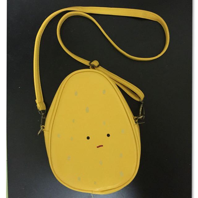 全新可愛蛋黃哥小側包手拿包.黃