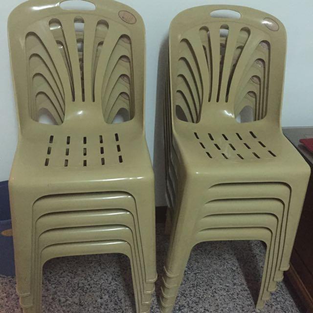 塑膠椅 便宜售阿~