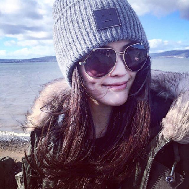 全新-韓 秋冬新款 漢娜款 保暖笑臉圖案針織毛線帽 男女(灰)