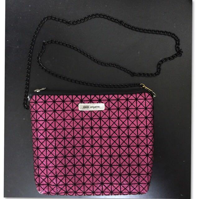 BKK 泰國亮晶晶小側包手拿包.紫