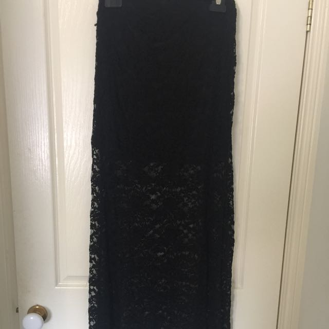 Lace Maxi Dress Size Medium