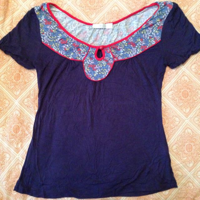 Quirky Circus Navy And Patterned Top Size 8,10