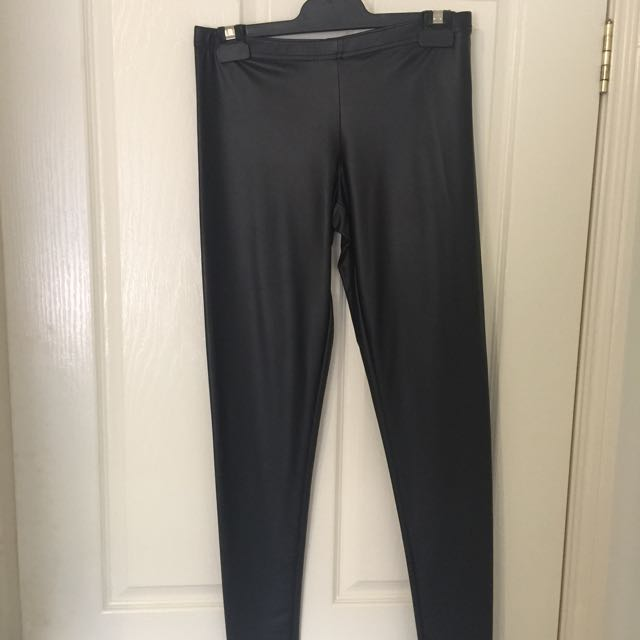 Wet Leather Look Leggings With Tags Size L