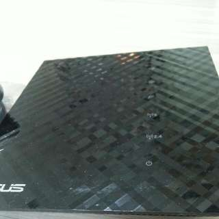 Router (ASUS)