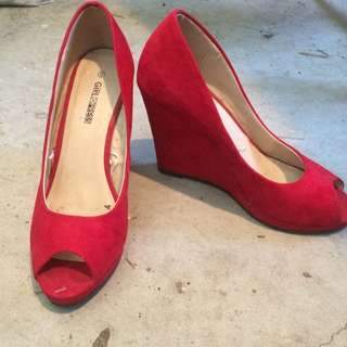 Size 6 Red Heels