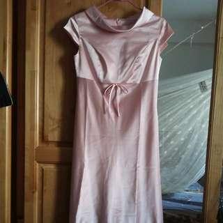 粉色洋裝 夏天款