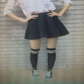 PULL&BEAR黑色太空棉短裙