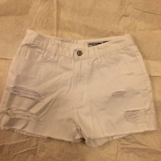 韓系高腰白色刷破感牛仔短褲