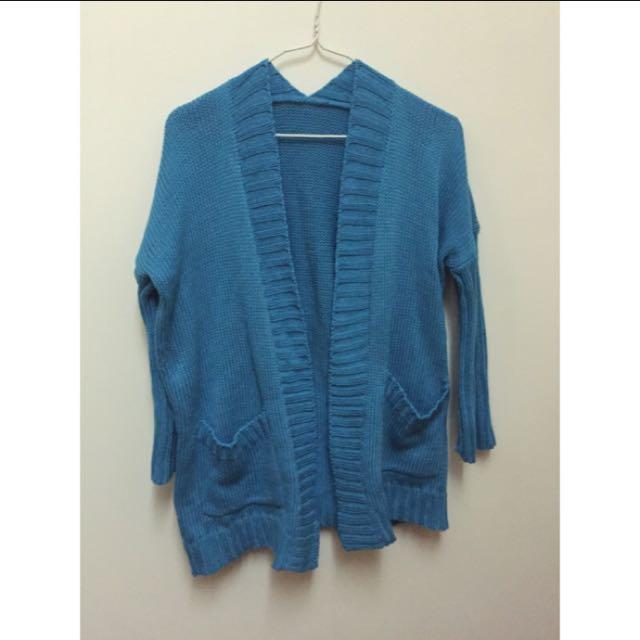 針織藍色外套
