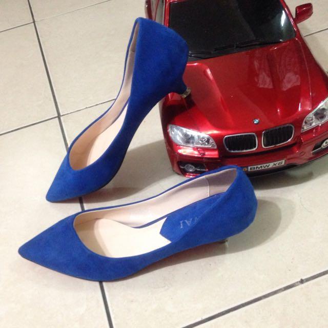待匯)寶藍絨布面料 低跟鞋/仿麂皮感 尖頭包鞋 23.5碼37號
