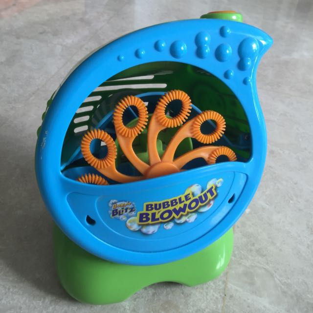 Bubble Blitz Bubble Blowout Babies Kids On Carousell