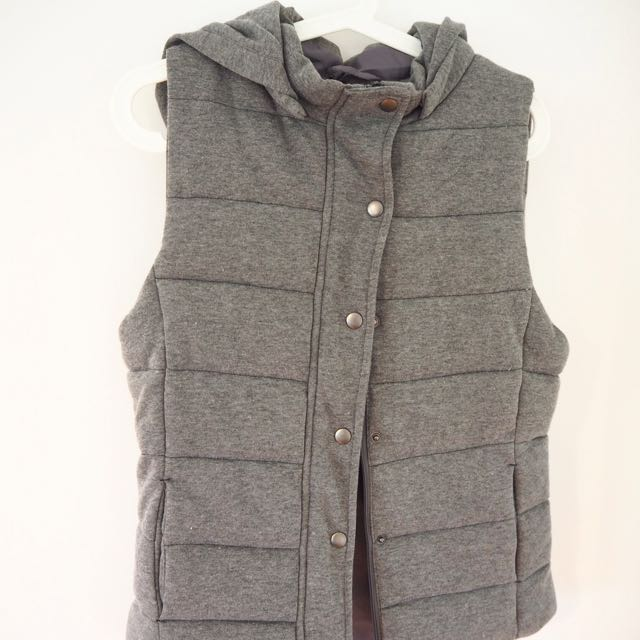 COTTON ON | Size M Puffer Vest With Hood