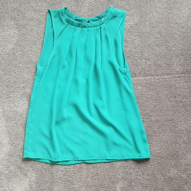 Emerald Green Loose Fitting Top Size 8