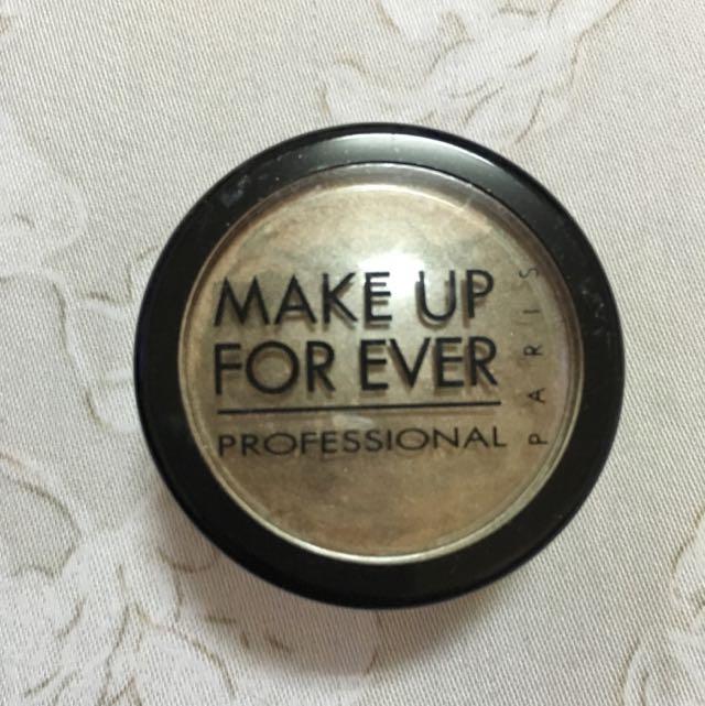 Make Up For Ever 小眼影粉 咖啡色