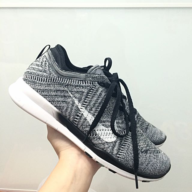 info for 59b5b cae19 Nike Free TR 5 Flyknit Trainers/Sneakers - Oreo, Everything Else on ...