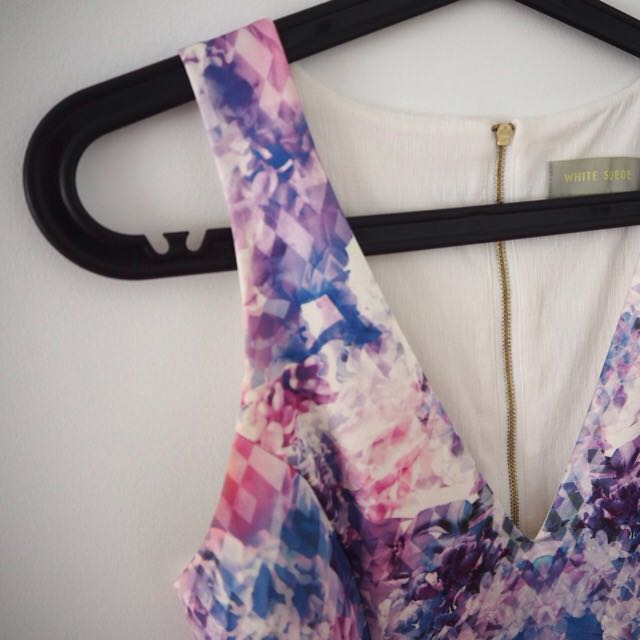 WHITE SUEDE   Size M [10] Silk Floral Dress