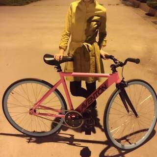 單車🚲近全新 去年買的~