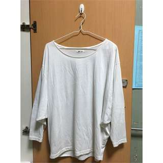 素色白長袖上衣