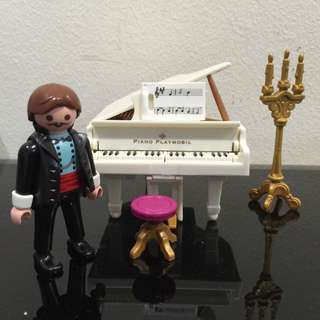 4309 Playmobil The Pianist