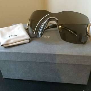 Reduced !! Dior Authentic Sunnies