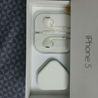 Apple Original Charger(Without Wire) + Earpiece + Iphone 5 Box