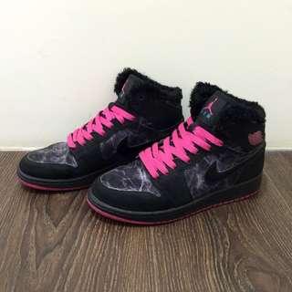 Nike ✨air Jordan GS 桃紅/毛毛/閃電紋-9成新,附原廠鞋盒UK5