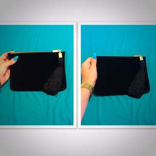 Mark Jacobs Clutch. Black/Gold