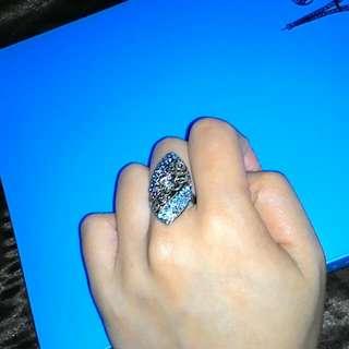 50元專區 (只要是50元專區內的商品 一件50元三件100元 )古典藍鑽 戒指 50元