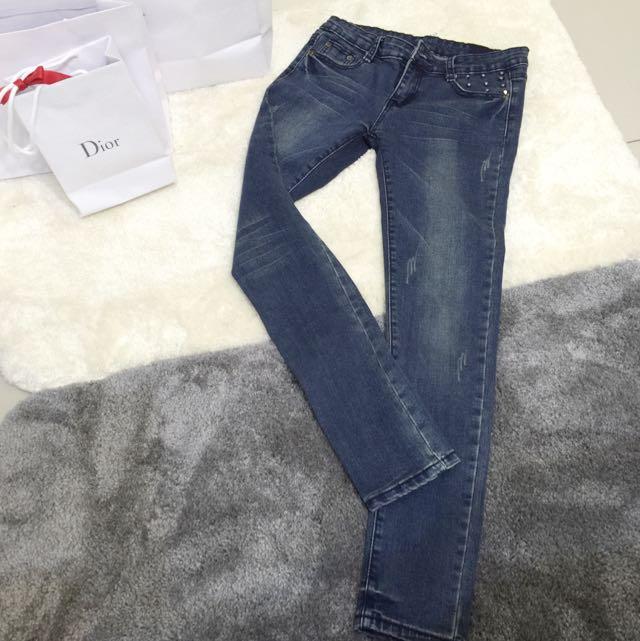 超顯瘦鉛筆牛仔褲(九成新)