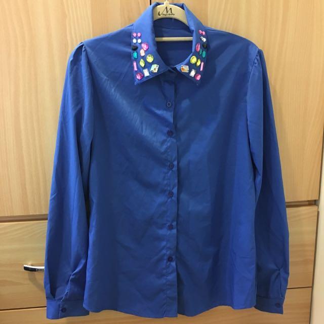 鑽石領寶藍襯衫