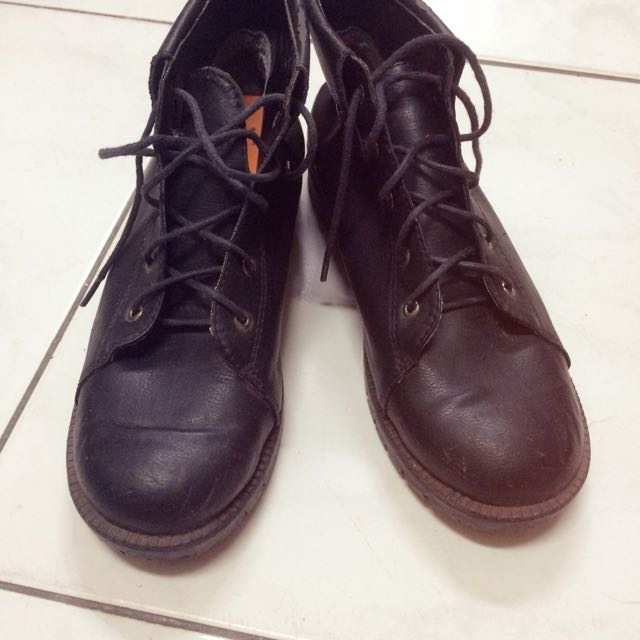 質感黑色短靴