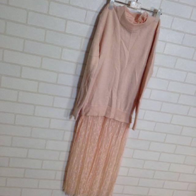 小瑕疵出清_粉紅蕾絲毛衣 拼接蕾絲襯裙洋裝