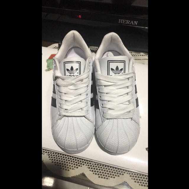 翻玩Adidas 35號 44號 全新