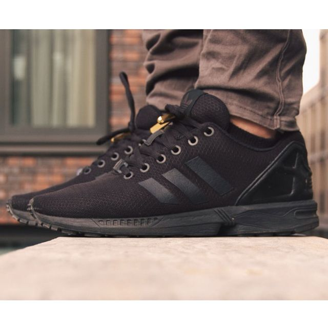 huge discount 18924 2ad49 Adidas Zx Flux Full Black, Men's Fashion on Carousell