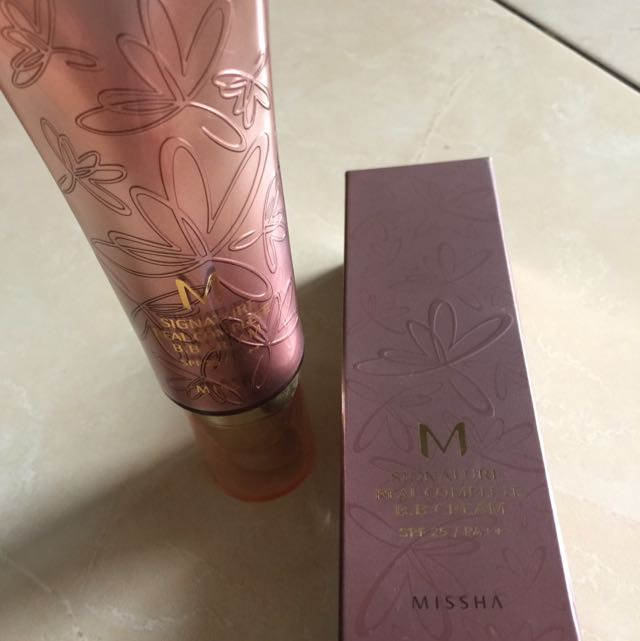 missha signature real complete bb cream spf 25 / PA ++ no 21 light pink beige