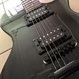 SX Electric Guitar Les Paul Design.