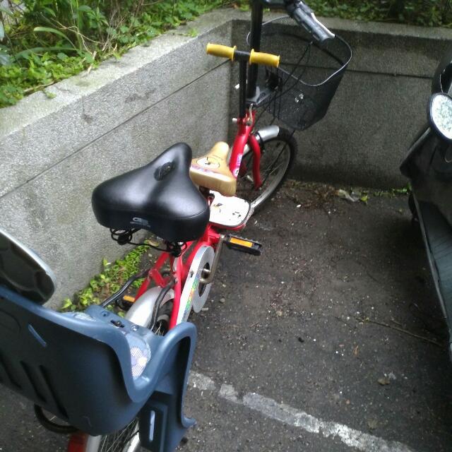 20吋親子腳踏車,過年剛買因為要換機車,所以要低價售出,謝謝