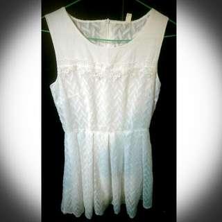 氣質白色小洋裝