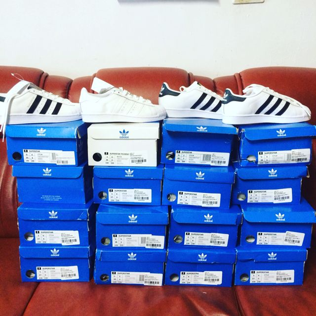 adidas Originals Superstar White & Black Trainers 金標 熱門款 文樂 現貨