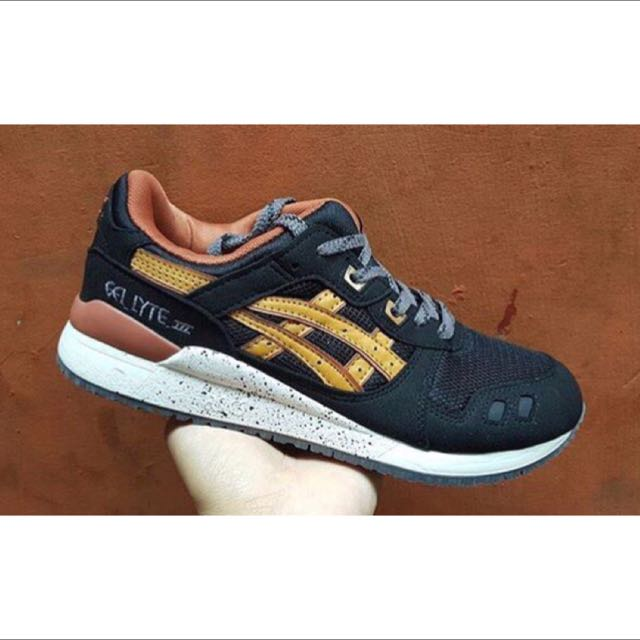 differently 86c27 e249f asics gel lyte III black tan size 40-44, Men's Fashion on ...