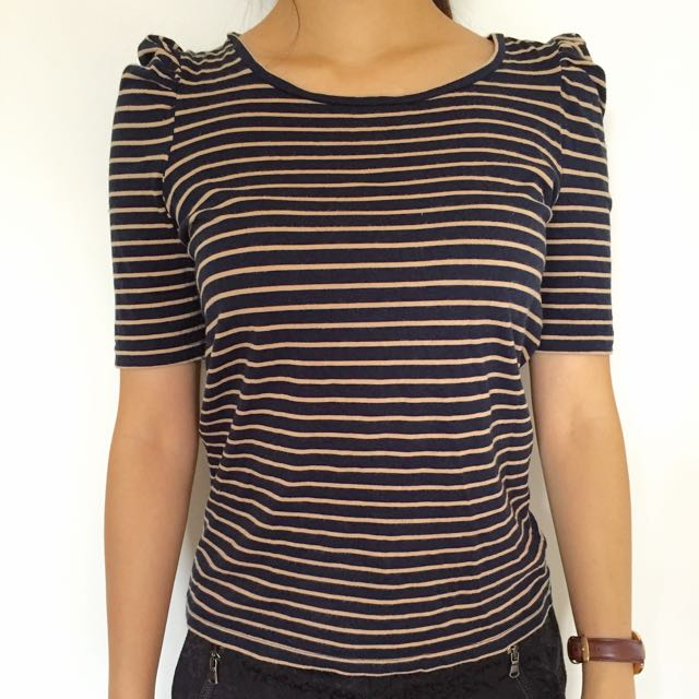 Size 8-10 Must-have Miss Shop Black Top With Yellow Stripes