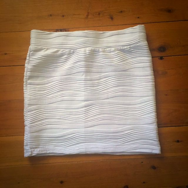 White Temt Skirt