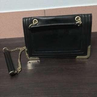 達芙妮 黑色金屬方包(含運費)