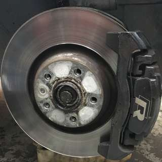 Golf R Brakes With Stainless Steel Brake Hoses