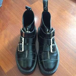 (待匯)三釦馬丁靴❤️